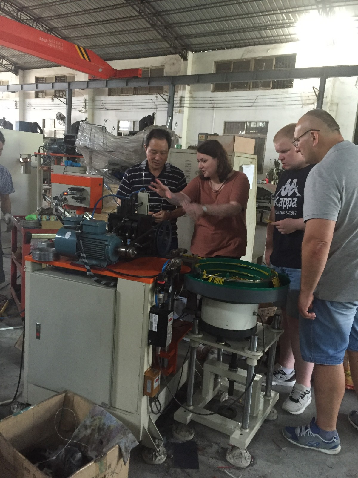 MEIXIN-News | Russian Clients Visited MEIXIN Comb Brush Making Machine Manufacturer